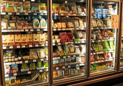 Lebensmittel im Tiefkühlregal